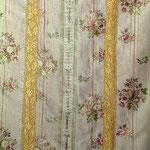 Pianeta in seta ecrù con bouquet policromo. Manifattura italiana sec. XVIII