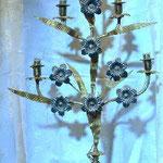Candeliere elettrico con andamento floreale. Bottega toscana sec. XX