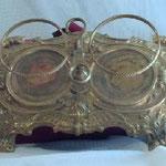 Vassoio per ampolline decorato. Bottega toscana sec. XVIII