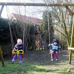Schönes Wetter - endlich können wir wieder in den Garten :o)