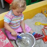Heute gibt es Sandkuchen.