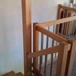 Treppe aus Vollholz Buche mit Edelstahl Spossen