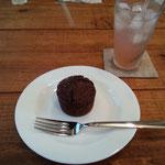 スプートニクcafeのショコラケーキ