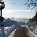 Le chemin d'Heudicourt, à gauche: bouché. De lieramont:bouché