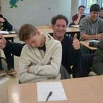 Не разбудил и не отчитал, а поднял настроение всему классу.
