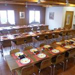"""die alte Laterne ist bereit für den """"Ameisen-Abend"""" und das Raclette-Essen..."""