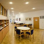 Foyer / Blick von Eingangsbereich Schloer-Stift