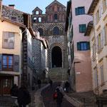 Cathédrale Notre Dame du Puy, un départ sur le chemin de Compostelle