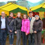 Инвалиды по слуху принимали участие в ярмарке и участвовали на сцене в Кремле