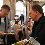 Autor Thorsten Fiedler und Bürgermeister Klaus Kreß. Foto von Beatrix van Ooyen - Ernst-Ludwig-Buchmesse 2018