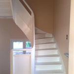 Lackier- und Tapezierarbeiten Treppenhaus