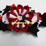 balacas decoradas con moños grandes