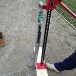 杭の引抜強度測定