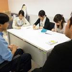 日本人大学生3名