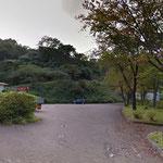 正善寺ダムの駐車場にエイドステーションがあります。今年は堤体の向こうには行きませんよ。