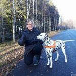 """Kryddhundens Ice-Candy """"Candy"""" LUA ...führte mit 18 Monaten einen ID-Suchtest für Tiere durch. Nun besitzt Sie die Lizenz, nach Katzen und Hunden zu suchen,  zusammen mit ihrer Hundeführerin (und Miteigentümerin) Viktoria Johansson...16.11.2017"""