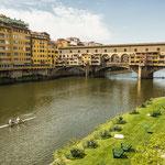 Ponte Vecchio over de Arno, Italië