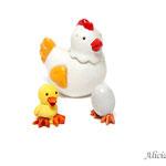 Figuras de gallina y pollito no incluidas.