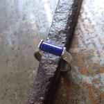 Bague argent et lapis-lazuli riveté