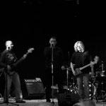Jam-Session mit alten Freunden und ehemaligen Bandmitgliedern zum Schluss