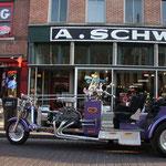 A. Schwab, vermutlich der berühmteste Ramschladen der Welt