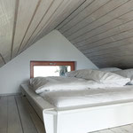 Schlafzimmer (über eine Leiter erreichbar)