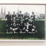 Das Jersey Trikot, Werder Bremen 1907,  über die Aidshilfe Bremen zu bekommen