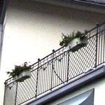 zierlicher Balkon