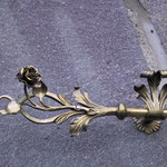 Vst 008 Vorhangstangenende Rose in Bronze