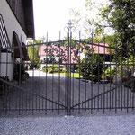 T 013 Einfahrtstor in Anthrazit Grau - Entwurf Architekturbüro Siedenburg