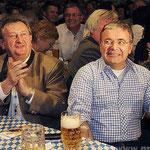 Auch wenn's mal kritisch wird: Landrat Franz Meyer und Bürgermeister Franz Krah gefällt's.