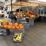ハロウィン近し★市場でもかぼちゃが売り出しはじまった