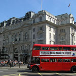 The Routemaster Bus, Piccadilly Circus