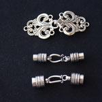 Diese Verschlüsse zieren das Schmuckstück auch ohne Perlen oder Beads.