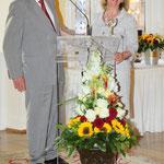 Stadträtin Rose-Lore Scholz band überraschend Alt-Oberbürgermeister Rudi Schmidt in ihre Rede zur Preisbegründung ein