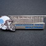 VW Volkswagen VFL Wolfsburg Pin American Football Helm Arena