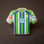 VFL Wolfsburg Trikot Pin away 2015/2016 mit Ligapatch und Hermes-Patch