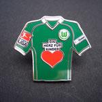 VFL Wolfsburg Trikot Pin 2008/2009 home ein Herz für Kinder mit Ligapatch und T-Home-Patch
