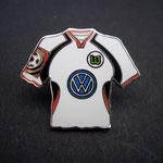 VFL Wolfsburg Trikot Pin 2001/2002 away mit Ligapatch