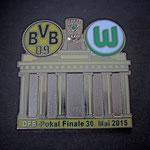DFB-Pokal Finale 2015 Pin Brandenburger Tor gelb
