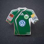 VFL Wolfsburg Trikot Pin away 2009/2010 mit Ligapatch und Stiftung-Patch