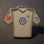 VFL Wolfsburg Trikot Pin away 2014/2015 mit Ligapatch und Hermes-Patch
