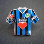 Trikot Pin 2008/2009 away Ein Herz für Kinder mit Ligapatch und T-Home-Patch