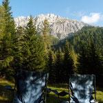 Frühstück mit Blick auf die Dolomiten