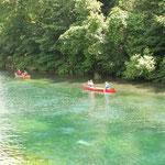 カヌーを楽しむ(支笏湖)