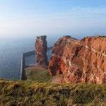 """Roter Felsen auf Helgoland und die """"Lange Anna"""""""