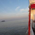 Schiffverkehr auf der Elbe