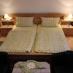 schönes Schlafzimmer (Doppelzimmer) in der Fewo Gänseblümchen