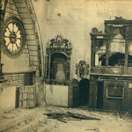 Altar y confesionarios destruídos (Convento de las Concepcionistas).