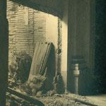 Restos de imágenes y de una pared destrozadas (Convento de las Concepcionistas).